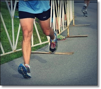 Heel Strike Running Increases Risk of Tibia Bone Fracture