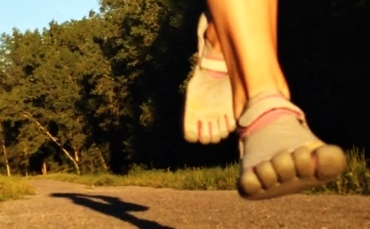 Running with Minimalist Shoes