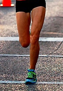 Do heel strike runners run slower than forefoot runners?