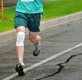 Forefoot Running vs Heel Strike Running - Impact Magnitude
