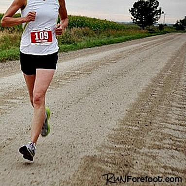 Heel Strike Runners Show Knee Cartilage Inflammation After Marathon