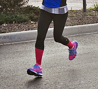 Heel Strike Running Reduces Knee & Hip Flexion