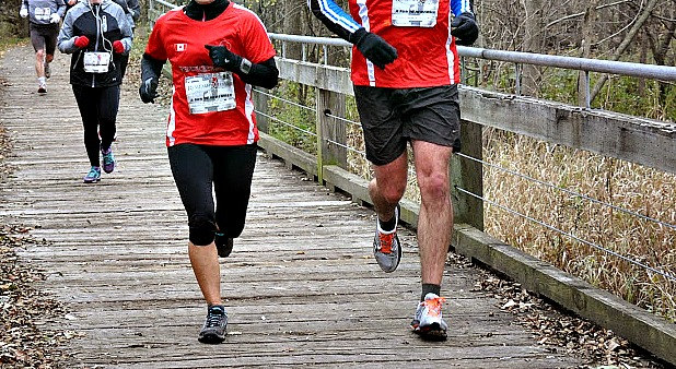 Why Older Runners May Have a Hard Time Learning Forefoot Running