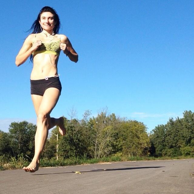 Barefoot Running Prevents Knee Trauma