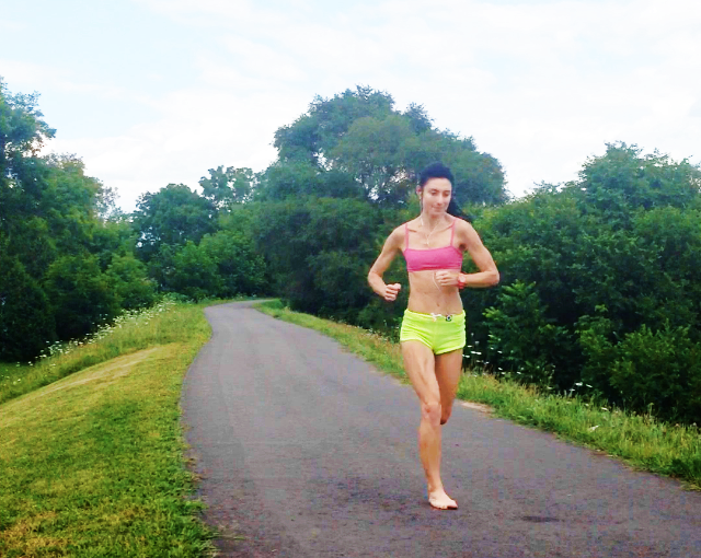 How Much Barefoot Running Training Should You Do for Forefoot Running