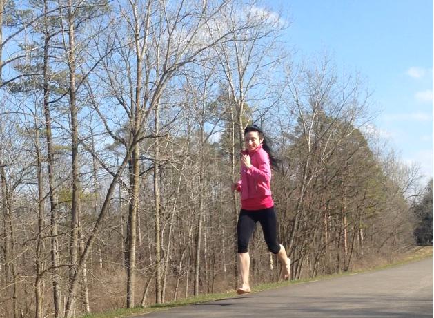 Barefoot Running Reduces Knee Pain Injuries