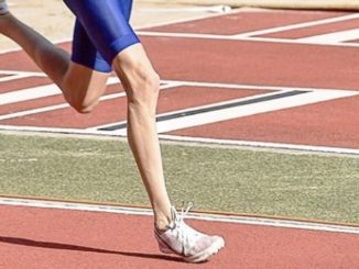 Forefoot Running May Prevent Hip Injury as Compared with Heel Strike Running