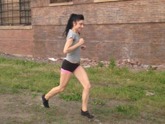 Barefoot and Minimalist Running Improves Knee Biomechanics