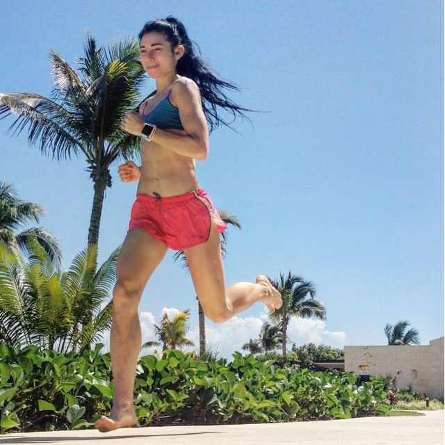 How Running Without Shoes May Stop Pronation Problems